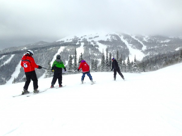 Adaptive skiing program with ASSP at Sun Peaks