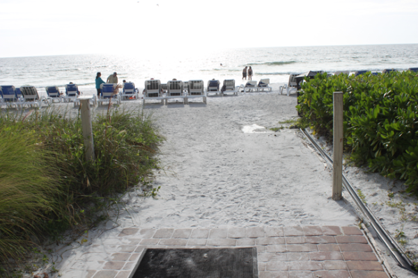 Sarasota Lido Key beach wheelchair access