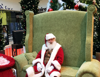 Special Needs Santa Photos with Simon Mall's Caring Santa